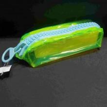קלמר פלסטיק שקוף ירוק נאון