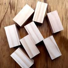 8 קוביות מלבן מעץ