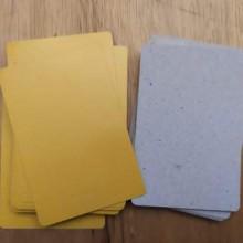 קלפי קרטון צבע צהוב