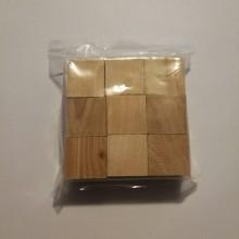 """9 קוביות עץ בינוני 2.5 ס""""מ. צבע טבעי"""