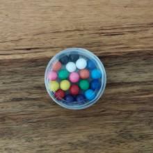 20 כדורים מתמגנטים בקופסה